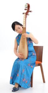 中国琵琶持ち方