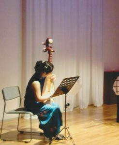 朗読会中国琵琶伴奏